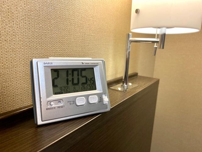 ★お部屋 デジタル時計