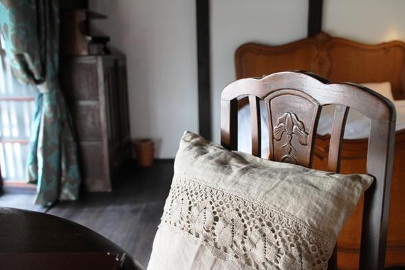 【素泊まり】大正ロマン香る洋室でごゆるりと*猫足ベッドで夢見心地