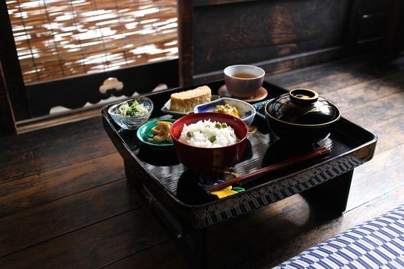 【朝食付】京町家でごゆるりとお部屋食*御膳でいただく京の日替わりおばんざいプラン