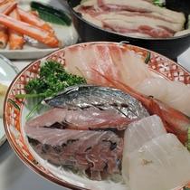 *夕食一例/日本海といえば新鮮なお刺身!日替わりで並ぶこともございます。
