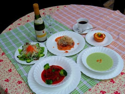 【夕・朝の2食付】天然温泉と安曇野産コシヒカリ・欧風ディナー&あったか手焼きパンと洋風朝食プラン