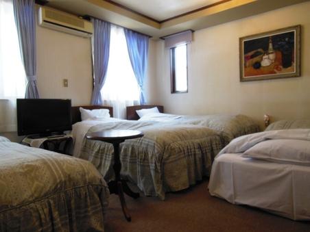 【素泊まり・禁煙】4人部屋(2から4人泊まれます)