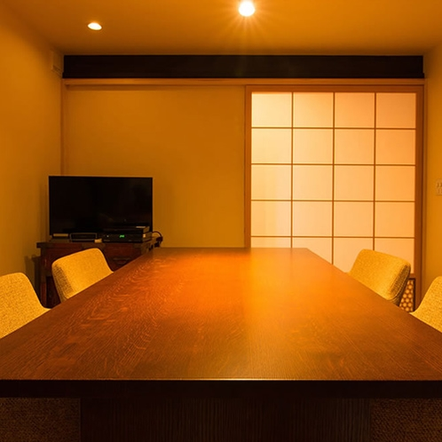 客室流水 静かな時間を楽しめる、大人の空間です
