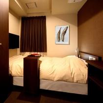シングルルーム、セミダブルルームです。 Single room small double room