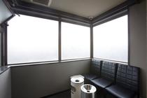 5階 喫煙スペース