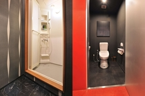 共用トイレ、シャワールーム