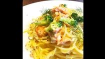 *【レストラン/珊瑚テーブル】スモークサーモンのクリームソーススパゲッティ
