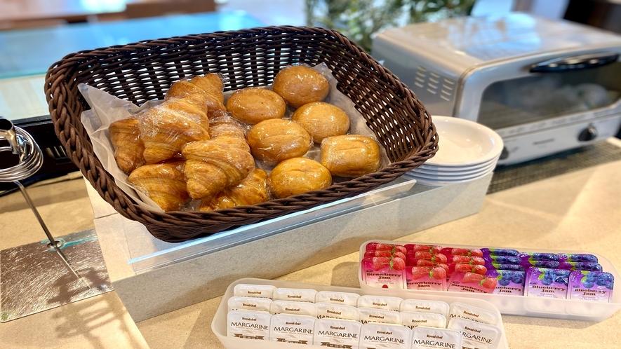 ♦パンコーナー♦(※イメージ) 朝は洋食派という方に、パンも取り揃えております。