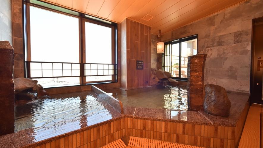 ◆男性大浴場◆ オホーツク海が一望できる地上9階展望大浴場(営業時間15:00~翌朝10:00)