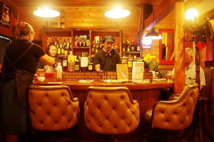スナドゥン目の前のお店 居酒屋はなや♪ 嬉しいカウンターあり