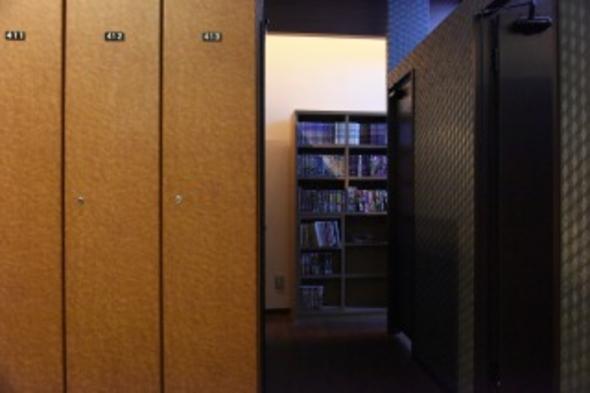 【現金のみ対応】【男性専用】9時間滞在プラン半個室リクライニングチェアのドミトリー(禁煙)