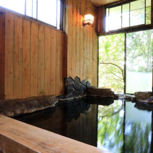 【温泉_内湯】ご家族やグループで、貸し切り湯としてご利用いただいております。