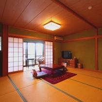 【お部屋】和室12畳・広々ゆったりとしたお部屋です。1名様からご利用できます。目の前には桜の木が♪