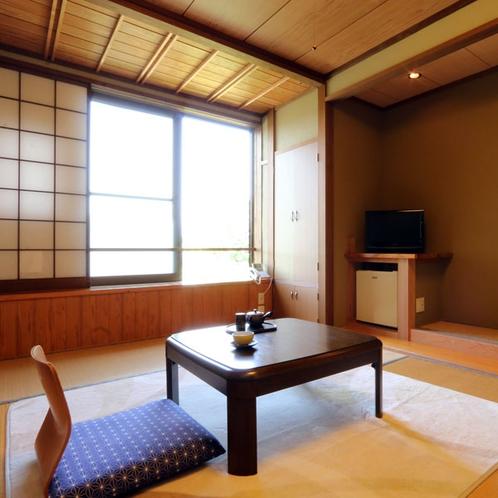 【お部屋】和室7.5畳・お一人旅、カップルでご利用いただけるお手洗いが着いたお部屋です。