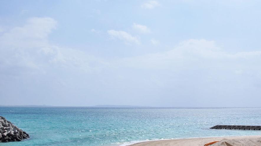【周辺】伊良部大橋からの景色。白い砂浜とキレイな海は伊良部の宝物♪ダイビングは最高です!