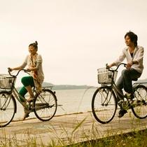 ● 菊ヶ浜海岸沿いを海風を感じながらレンタサイクルで散策♪