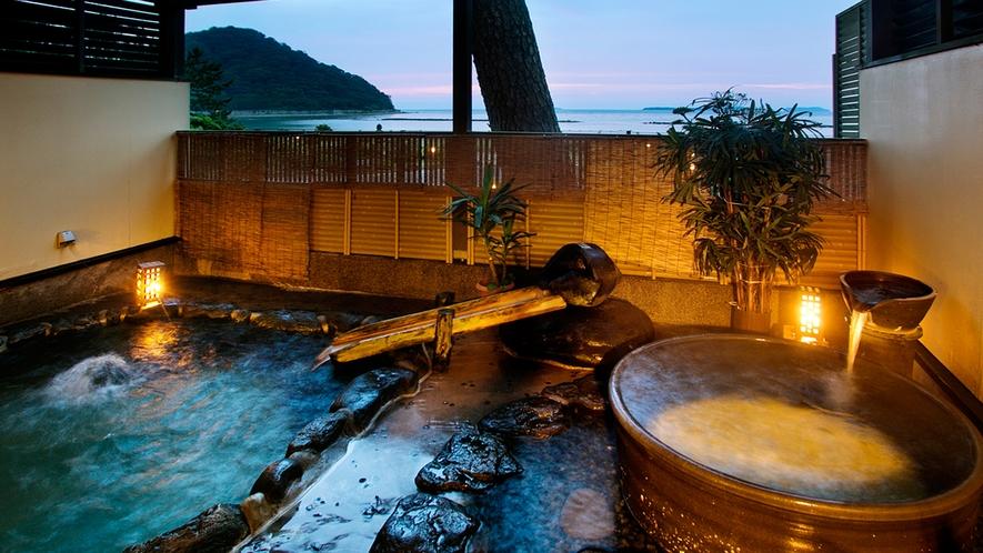 ●浴場【露天岩風呂『海風』】潮風と波音を聴きながらゆっくり癒される