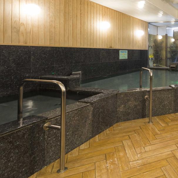 男性大浴場/高知県のビジネスホテルで最大級の広さ!