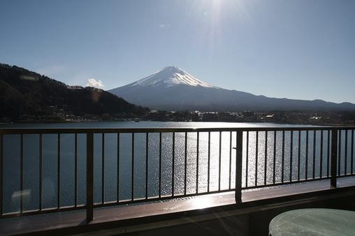 【富士山&湖側】最上階テラス付ツイン