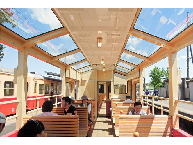 【小湊鉄道 里山トロッコ列車】開放的な車内