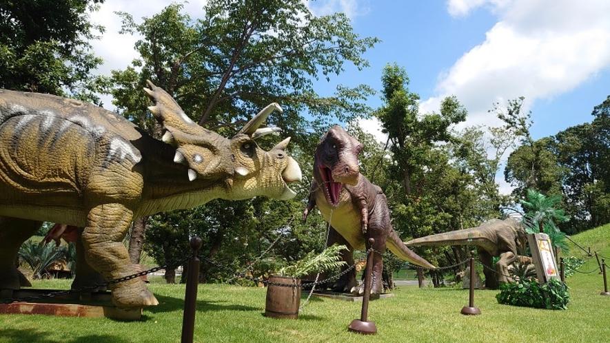 【東京ドイツ村】いろんな恐竜と出会える人気アトラクション ジュラジャーマン・ライド!