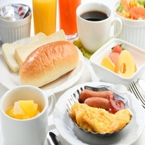 朝食(洋食の一例)