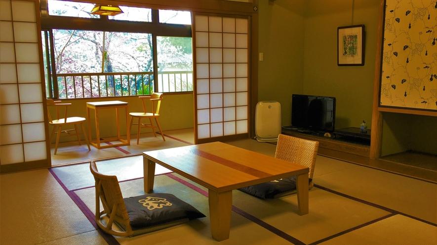 庭側和室 10-13 帖 <薫林棟>