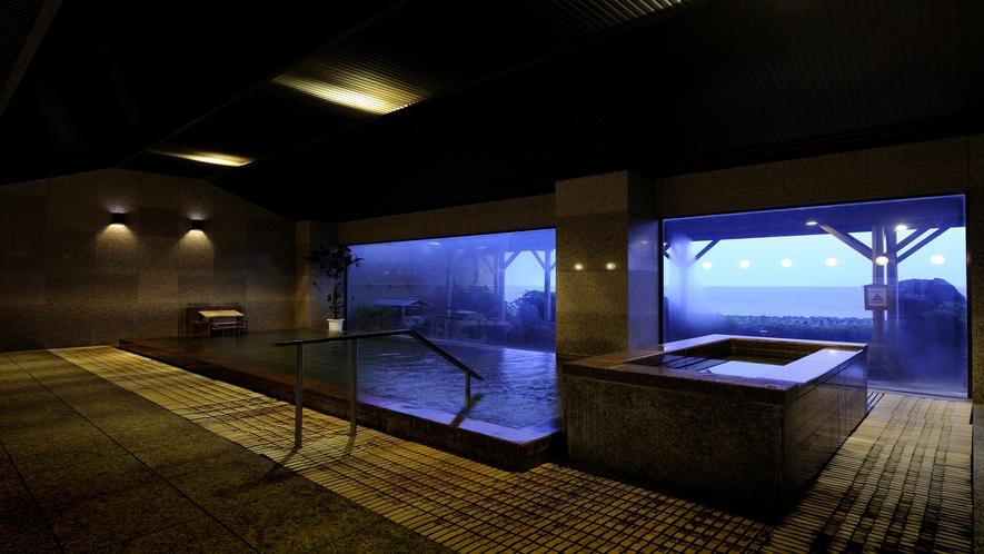 殿方の雄 大浴場内風呂