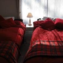 【リラックスツインルーム】南側の角部屋*窓が二つあります*明るいお部屋です♪