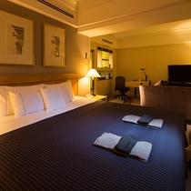 【クラブプレミアキング】49平米・17-19階・海側・「シェラトン シグネチャー ベッド」