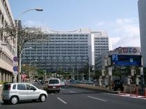 沖縄県庁ホテル斜め向い