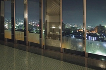 展望浴場 夜景