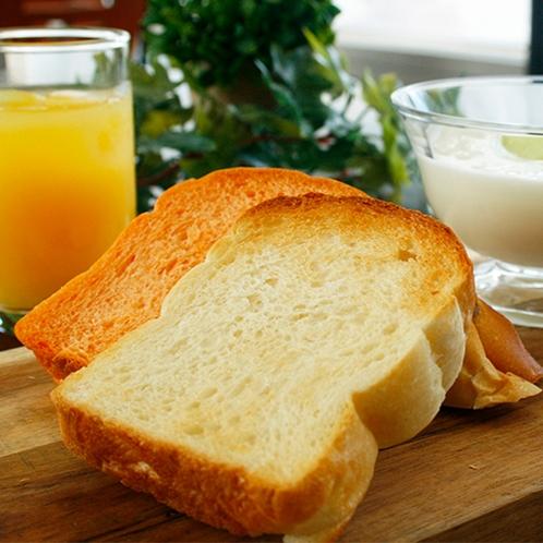 【朝食】ホテルベーカリーが焼き上げたパン