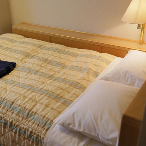 ベッド幅120cmシングルルーム セミダブル使用