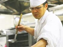 【朝食】和・洋・中のシェフがおもてなしの料理を作ります