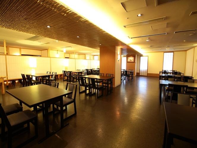 レストラン 2F