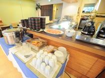 【朝食バイキング】食後にさっぱりデザートとコーヒーをどうぞ。
