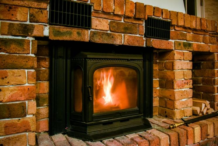 コテージ_暖炉イメージ