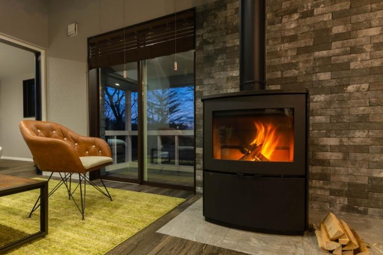 カリフォルニアヴィラ_暖炉イメージ