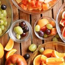 【朝食ブッフェ】季節の果物もたくさんご用意 リゾートならではの朝食スイーツをお楽しみください