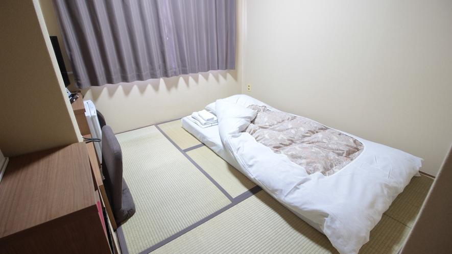 【客室】4畳半和室(お一人様ご利用時)