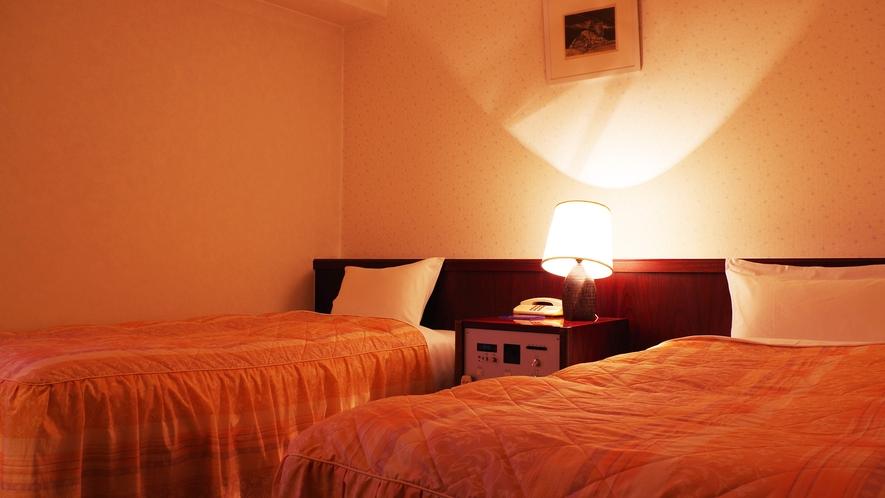 *【ツイン】清潔で機能的なお部屋でのんびりお寛ぎください。