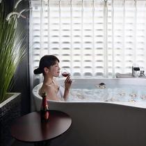 プレミアムバステラスの半露天風呂