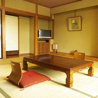 ■和室10畳 (トイレ付)