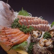 *料理一例(舟盛り)2