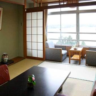 【お一人旅応援】加茂湖をのぞむ和室10畳バストイレ付