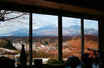 本館から眺める くじゅう連山