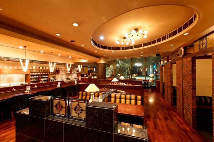 1F カフェ&レストラン
