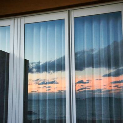 【直前割】沖縄を堪能!期間限定で海辺のスイートヴィラを半額以下で貸し切り〈5月末まで〉