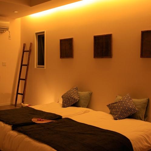 2階ベッドルーム 青藍